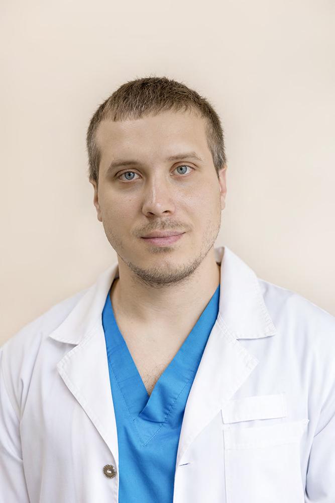 Врач невролог мануальный терапевт Лотов Александр Андреевич