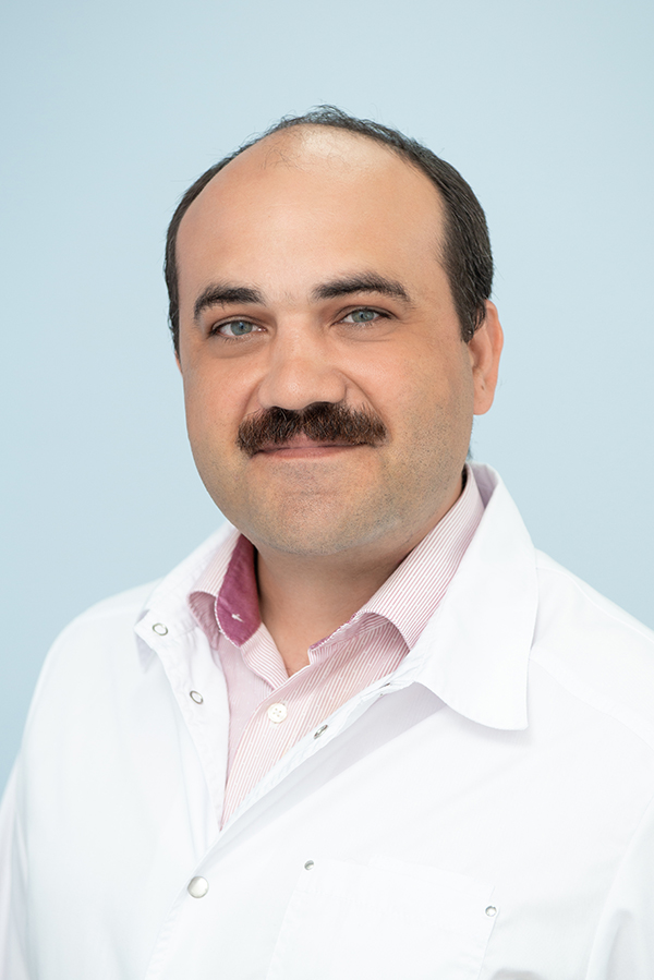 Бородин Олег Юрьевич, Врач-ретгенолог кабинета МРТ