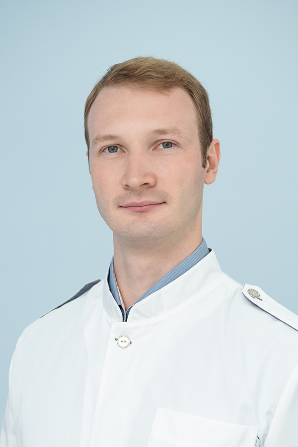 Брагин Михаил Владимирович, Врач-ренгенолог кабинета МРТ
